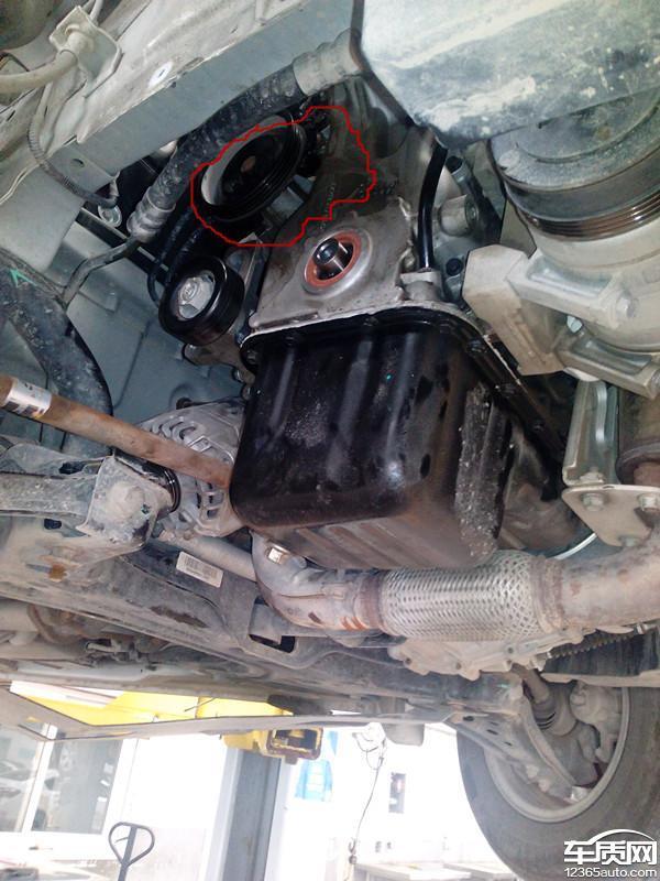 雪佛兰赛欧发动机漏机油高清图片