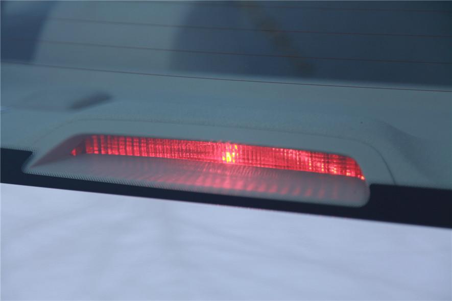 高位刹车灯2