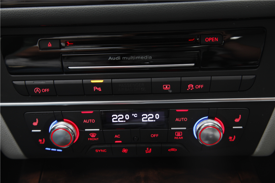 奥迪a6的空调面板内部电路图